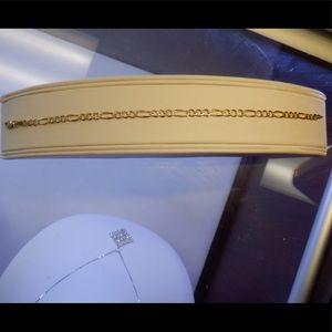 14k solid stamped Figaro diamond cut bracelet. 7'